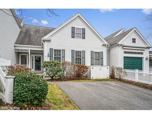 Condominio por un Venta en 5 Berrywood Court 5 Berrywood Court Bourne, Massachusetts 02532 Estados Unidos