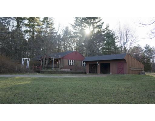Casa Unifamiliar por un Venta en 9 E Killingly Road 9 E Killingly Road Foster, Rhode Island 02825 Estados Unidos