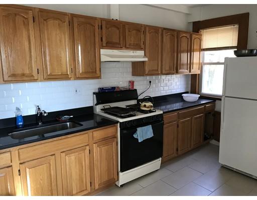 واحد منزل الأسرة للـ Rent في 219 Washington 219 Washington Chelsea, Massachusetts 02150 United States