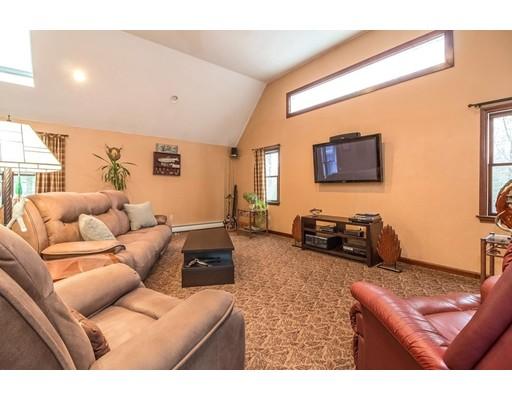 Additional photo for property listing at 50 Northridge Drive 50 Northridge Drive East Bridgewater, Massachusetts 02333 United States