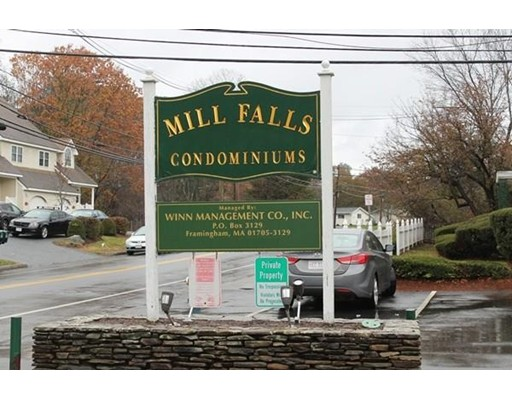 Appartement en copropriété pour l Vente à 69 Nicholas Road 69 Nicholas Road Framingham, Massachusetts 01701 États-Unis