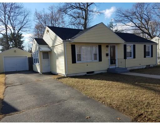 Casa Unifamiliar por un Venta en 64 Glencoe Street Springfield, Massachusetts 01104 Estados Unidos