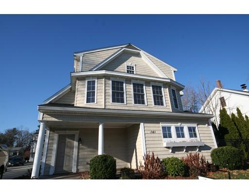 Casa unifamiliar adosada (Townhouse) por un Alquiler en 141 Cambridge St. #A 141 Cambridge St. #A Burlington, Massachusetts 01803 Estados Unidos