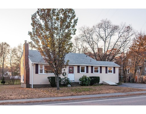 Single Family Home for Sale at 11 Gould 11 Gould Needham, Massachusetts 02494 United States