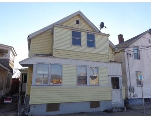 Многосемейный дом для того Продажа на 54 Clemente 54 Clemente Holyoke, Массачусетс 01040 Соединенные Штаты