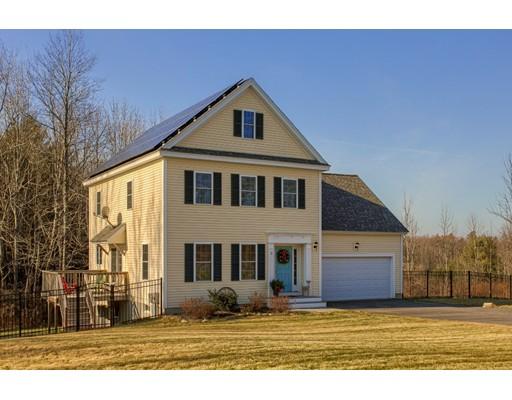 واحد منزل الأسرة للـ Sale في 2 Nakuset Way 2 Nakuset Way Princeton, Massachusetts 01541 United States