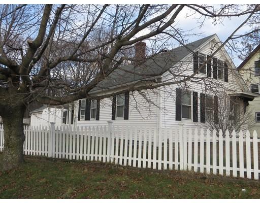 独户住宅 为 销售 在 140 Pleasant Street 140 Pleasant Street Dracut, 马萨诸塞州 01826 美国