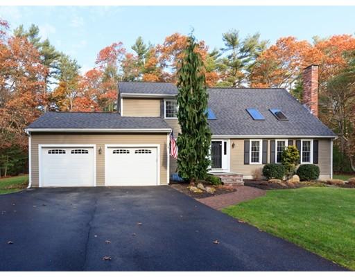 Частный односемейный дом для того Продажа на 17 Howland Road 17 Howland Road Lakeville, Массачусетс 02347 Соединенные Штаты