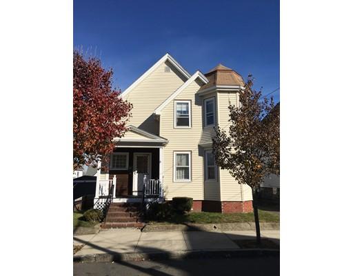 Maison unifamiliale pour l Vente à 31 Raymond Street 31 Raymond Street Everett, Massachusetts 02149 États-Unis