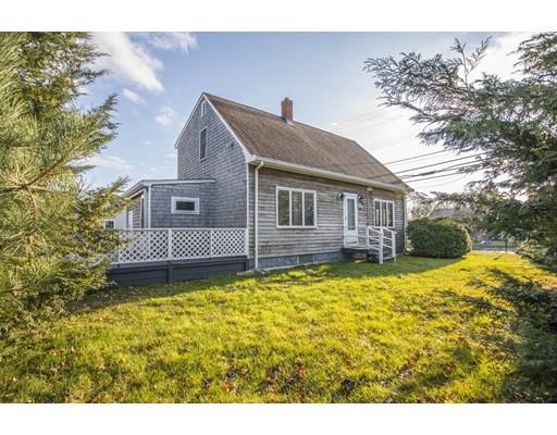 Maison unifamiliale pour l Vente à 205 Sconticut Neck Road 205 Sconticut Neck Road Fairhaven, Massachusetts 02719 États-Unis