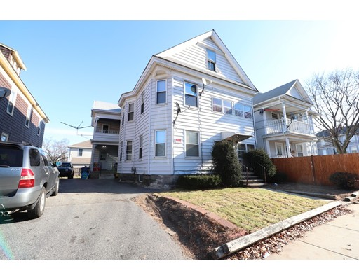 Apartamento por un Alquiler en 368 S Broadway ##2 368 S Broadway ##2 Lawrence, Massachusetts 01843 Estados Unidos