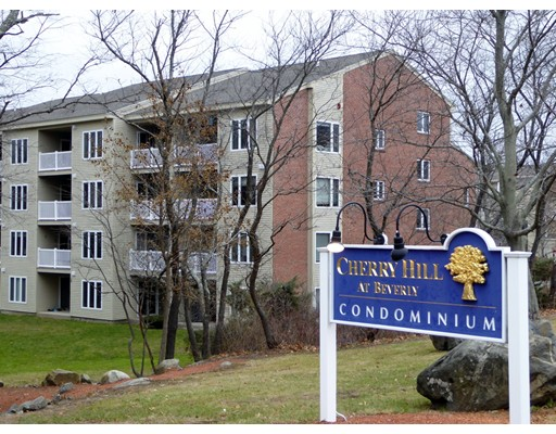 Condominium for Sale at 2 Duck Pond Road 2 Duck Pond Road Beverly, Massachusetts 01915 United States