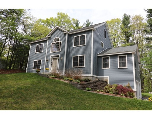 Single Family Home for Sale at 116 S Acton Road 116 S Acton Road Stow, Massachusetts 01775 United States