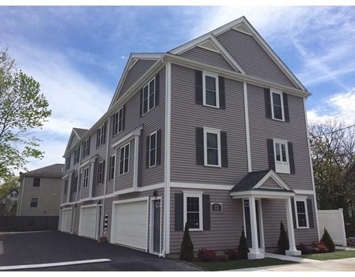 Casa unifamiliar adosada (Townhouse) por un Alquiler en 12 West Church Street #101 12 West Church Street #101 Mansfield, Massachusetts 02048 Estados Unidos