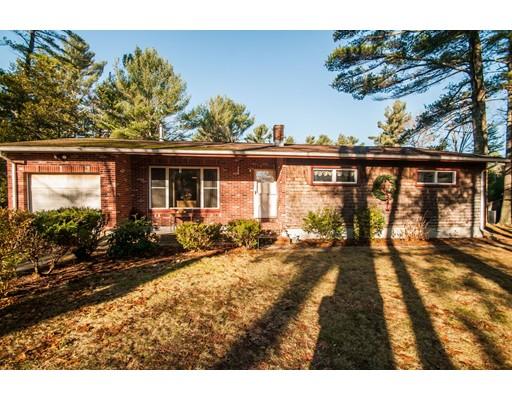 独户住宅 为 销售 在 221 Cherry Street Middleboro, 02346 美国