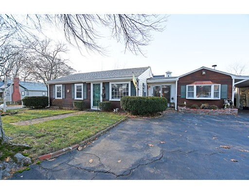 Single Family Home for Sale at 29 Barnsdale 29 Barnsdale East Providence, Rhode Island 02914 United States