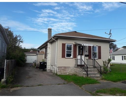 واحد منزل الأسرة للـ Sale في 49 Buttonwood Road 49 Buttonwood Road Dartmouth, Massachusetts 02748 United States