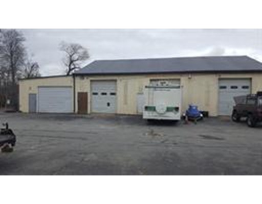 Commercial for Rent at 822 Mount Pleasant Street 822 Mount Pleasant Street New Bedford, Massachusetts 02745 United States