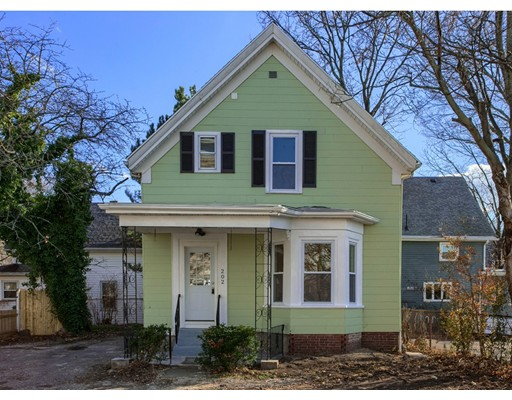 Single Family Home for Sale at 202 lewis 202 lewis Lynn, Massachusetts 01902 United States