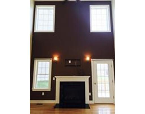 واحد منزل الأسرة للـ Rent في 90 Fisher Road 90 Fisher Road Holden, Massachusetts 01520 United States
