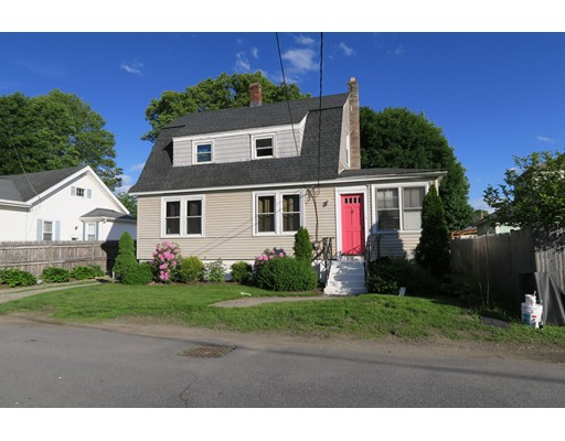 Single Family Home for Rent at 7 Fuyat Street 7 Fuyat Street Hudson, Massachusetts 01749 United States