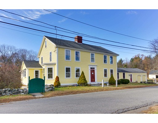 Maison unifamiliale pour l Vente à 85 Forest Street 85 Forest Street Dunstable, Massachusetts 01827 États-Unis