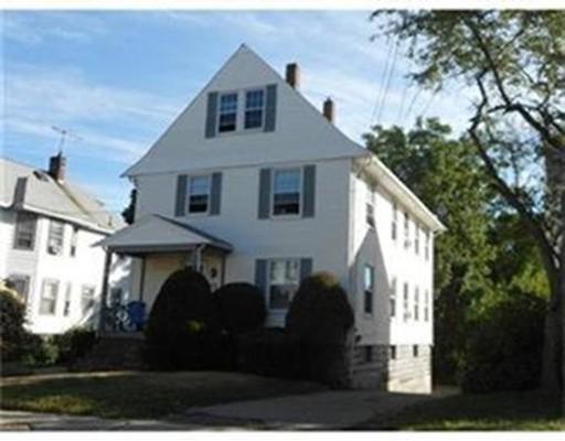 Maison avec plusieurs logements pour l Vente à 21 Purchase Street 21 Purchase Street Milford, Massachusetts 01757 États-Unis