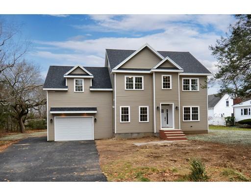 Частный односемейный дом для того Продажа на 57 Locust Street 57 Locust Street Lynnfield, Массачусетс 01940 Соединенные Штаты