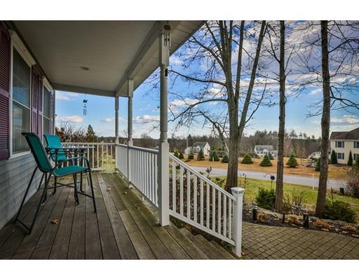 Single Family Home for Sale at 31 Hamilton Drive 31 Hamilton Drive Epping, New Hampshire 03042 United States