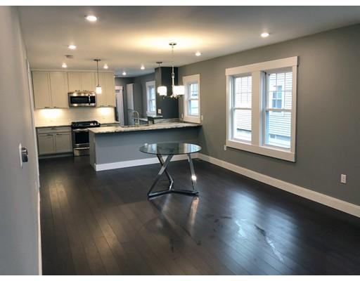 Appartement en copropriété pour l Vente à 16 Ten Hills Road 16 Ten Hills Road Somerville, Massachusetts 02145 États-Unis