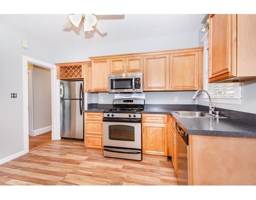 Квартира для того Аренда на 28 Bunton St #1 28 Bunton St #1 Milton, Массачусетс 02186 Соединенные Штаты