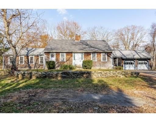 Maison unifamiliale pour l Vente à 2410 Horton Street 2410 Horton Street Dighton, Massachusetts 02764 États-Unis