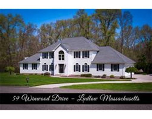Casa Unifamiliar por un Venta en 59 Windwood Drive 59 Windwood Drive Ludlow, Massachusetts 01056 Estados Unidos