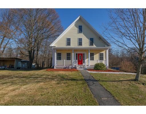 Maison unifamiliale pour l Vente à 142 Worcester Street 142 Worcester Street Grafton, Massachusetts 01536 États-Unis