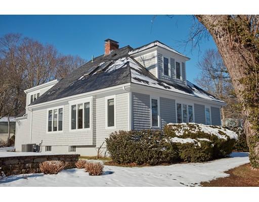 Casa Unifamiliar por un Venta en 307 SEAVIEW 307 SEAVIEW Swansea, Massachusetts 02777 Estados Unidos