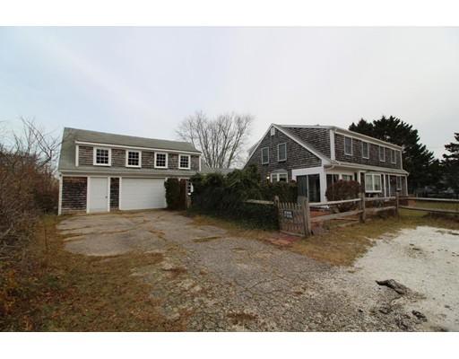 Maison unifamiliale pour l Vente à 48 Center Street 48 Center Street Dennis, Massachusetts 02639 États-Unis