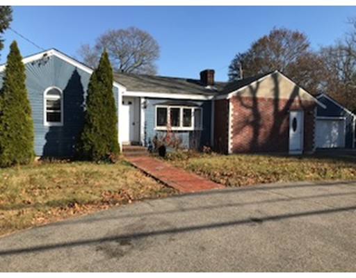 Single Family Home for Sale at 213 Thurston Street 213 Thurston Street Wrentham, Massachusetts 02093 United States