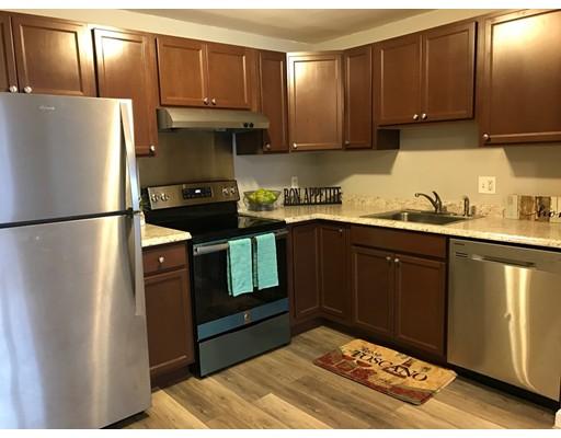 Condominio por un Venta en 16 Mayberry Drive 16 Mayberry Drive Westborough, Massachusetts 01581 Estados Unidos