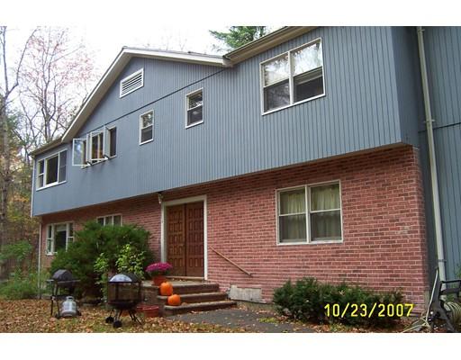 Casa Unifamiliar por un Alquiler en 13 Harvard Drive 13 Harvard Drive Bedford, Massachusetts 01730 Estados Unidos