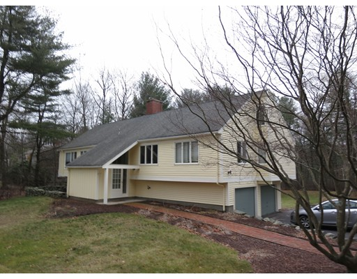Single Family Home for Rent at 41 Woodland Street 41 Woodland Street Sherborn, Massachusetts 01770 United States