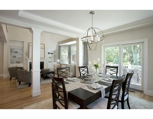 共管式独立产权公寓 为 销售 在 36 Woodmere Drive 米尔顿, 02186 美国