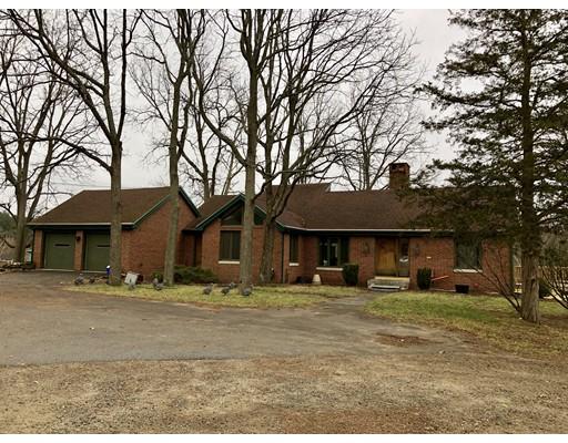 Maison unifamiliale pour l à louer à 100 Dudley Road 100 Dudley Road Billerica, Massachusetts 01862 États-Unis