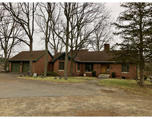 Частный односемейный дом для того Аренда на 100 Dudley Road 100 Dudley Road Billerica, Массачусетс 01862 Соединенные Штаты