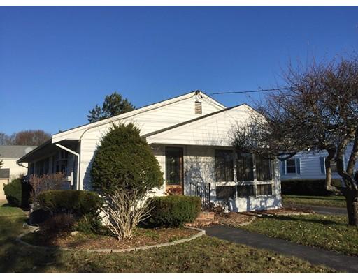 Частный односемейный дом для того Продажа на 10 Margaret Road 10 Margaret Road Peabody, Массачусетс 01960 Соединенные Штаты