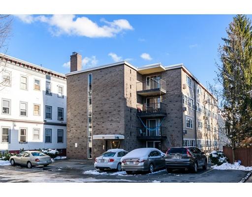 Appartement en copropriété pour l Vente à 26 Inman Street 26 Inman Street Cambridge, Massachusetts 02139 États-Unis