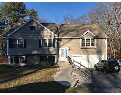 Maison unifamiliale pour l Vente à 74 Pomona Street 74 Pomona Street North Smithfield, Rhode Island 02896 États-Unis