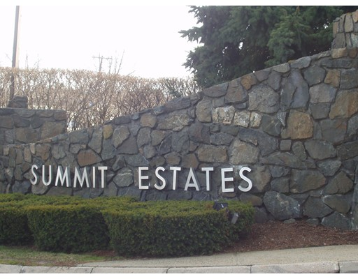 Condominium for Sale at 1006 Paradise Road 1006 Paradise Road Swampscott, Massachusetts 01907 United States