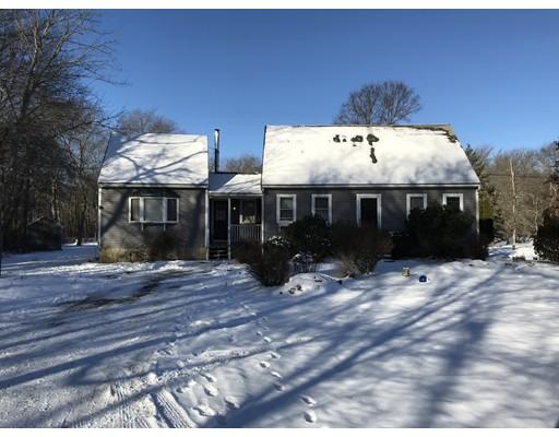 Maison unifamiliale pour l Vente à 47 Locust Street 47 Locust Street Berkley, Massachusetts 02779 États-Unis