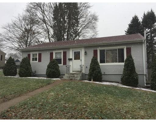 独户住宅 为 销售 在 135 Marshall Road 135 Marshall Road Woonsocket, 罗得岛 02895 美国