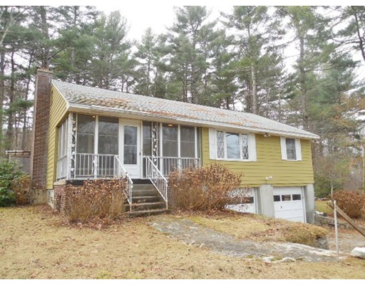独户住宅 为 销售 在 64 Maple Avenue 64 Maple Avenue 格拉夫顿, 马萨诸塞州 01560 美国
